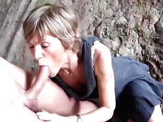 Rough Sexy Lady - Handels Junior Well Strung Up Man