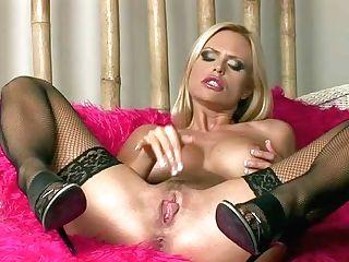 Gitta Szoke Is A Breathtaking Glamour Beauty With Round Tits