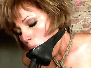Mummy Sylvia Laurent Gets Down On Her Knees To Be Mouth Fucked