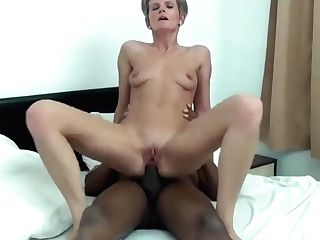 50+ Beauty Mummy Vrs Youthfull Boner