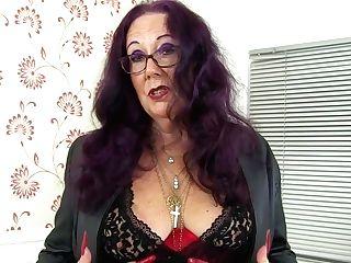 Brit Granny Zadi's Old Fanny Still Loves A Fake Penis Packing